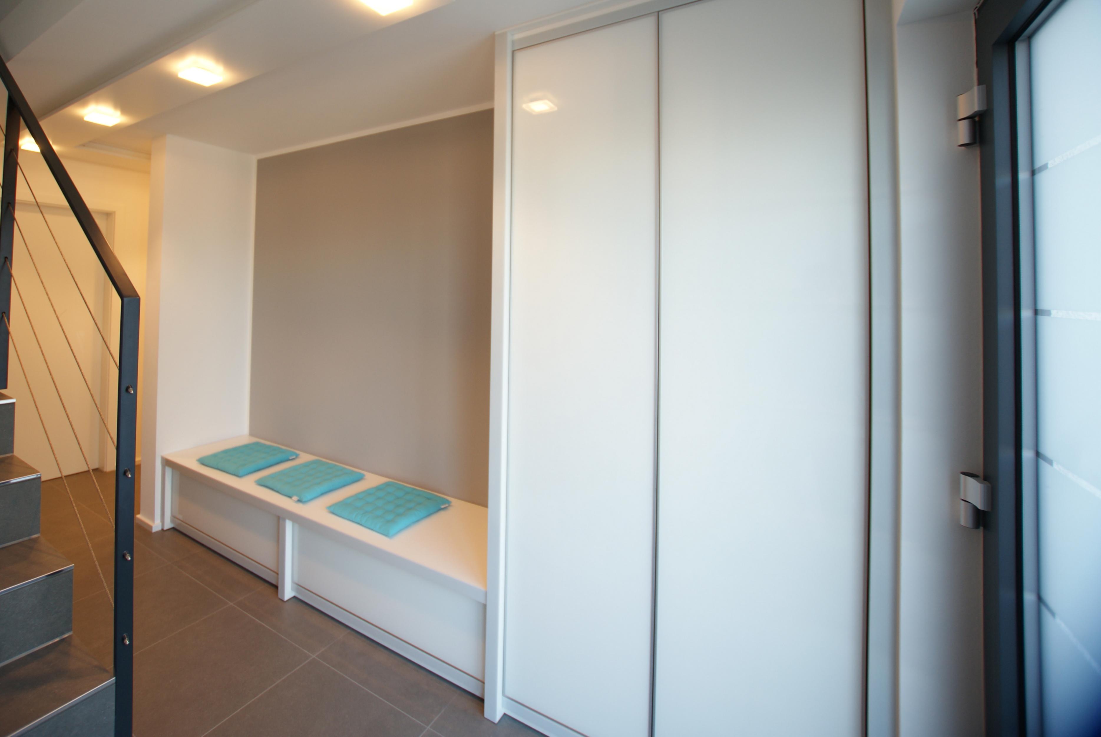 die wohnl sung j heckmann einbauschr nke nach ma mit aussenseite. Black Bedroom Furniture Sets. Home Design Ideas