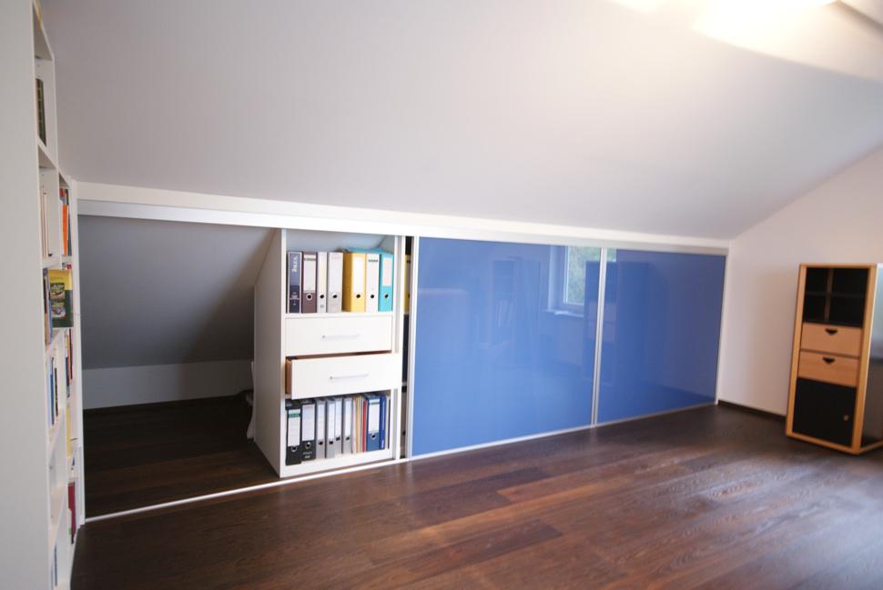 die wohnl sung j heckmann einbauschr nke nach ma unter einer schr ge. Black Bedroom Furniture Sets. Home Design Ideas
